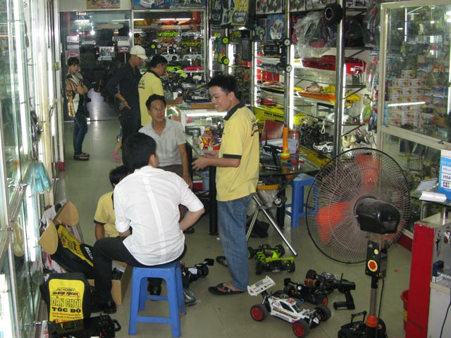 Địa chỉ Stormracer Hobby showroom01
