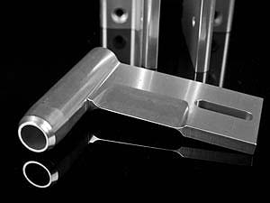 Bộ ụ giữ chân vịt CNC có bạc thau