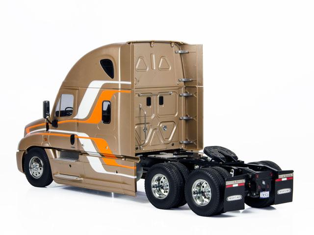 1/14 Tractor 3 Axles Tamiya Cascadia Evolution 009