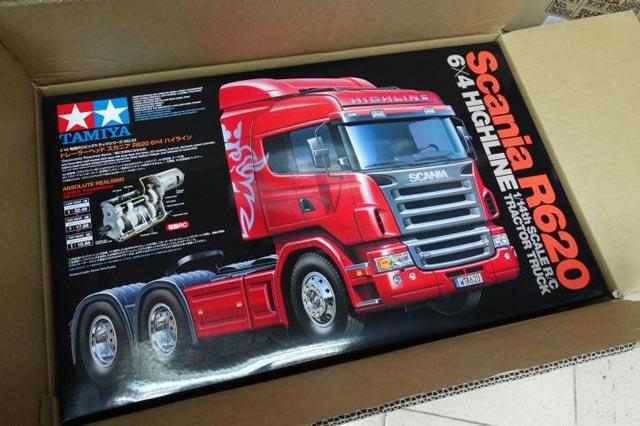Tamiya 1/14 RC SCANIA R620 Tractor 4x2 #56323 010