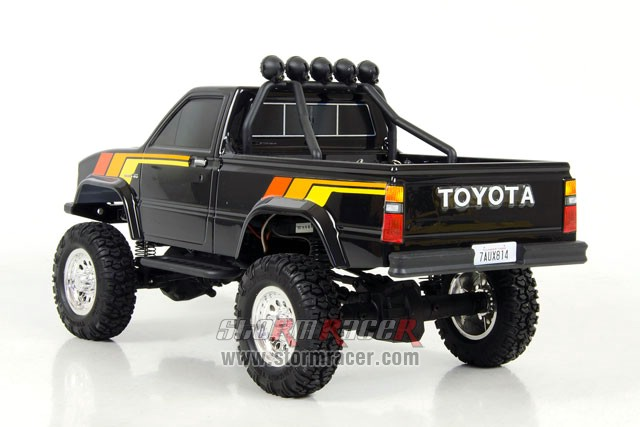 Toyota Hilux 1/12 Thunder Tiger 005