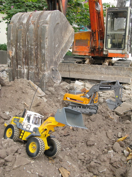 Xe cạp đất Excavator #0803 (1/12RTR)