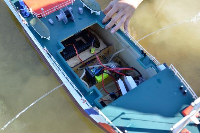 Tàu cứu hộ Rottedam _STO7334