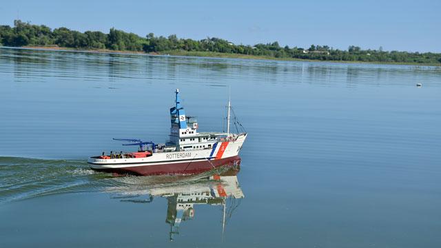 Tàu cứu hộ Rottedam _STO7341